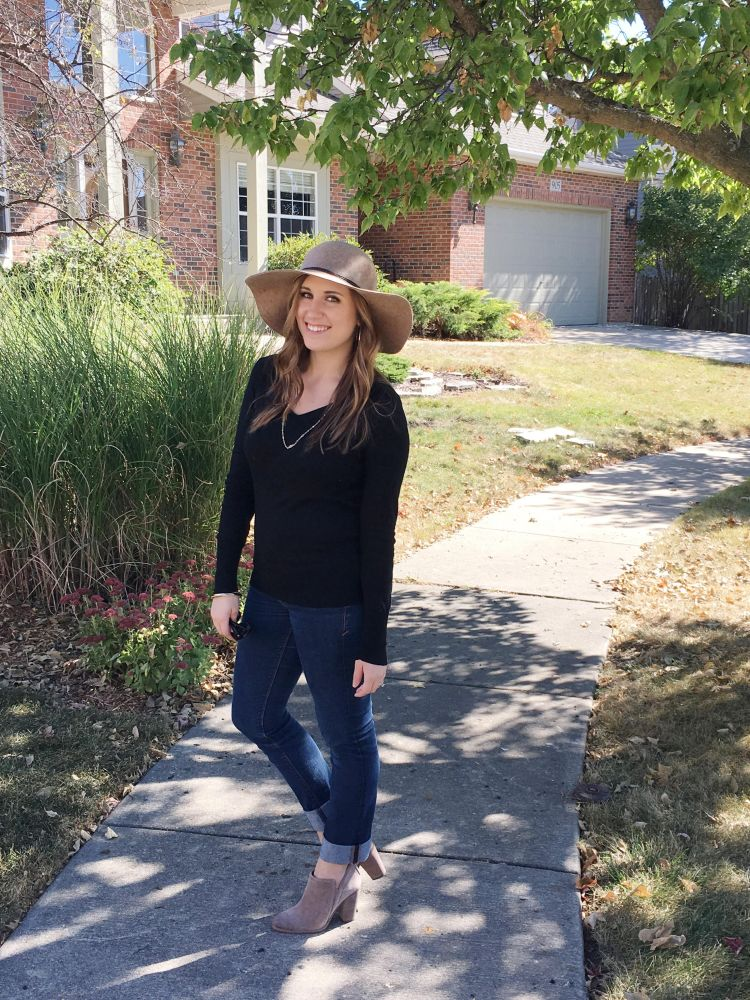 My Latest Obsession - Fall Hats - Lattes and all things Lovely 3